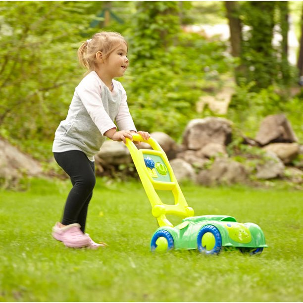 Melissa and Doug Sunny Patch Lawn Mower ONLY $10 (Reg $22)