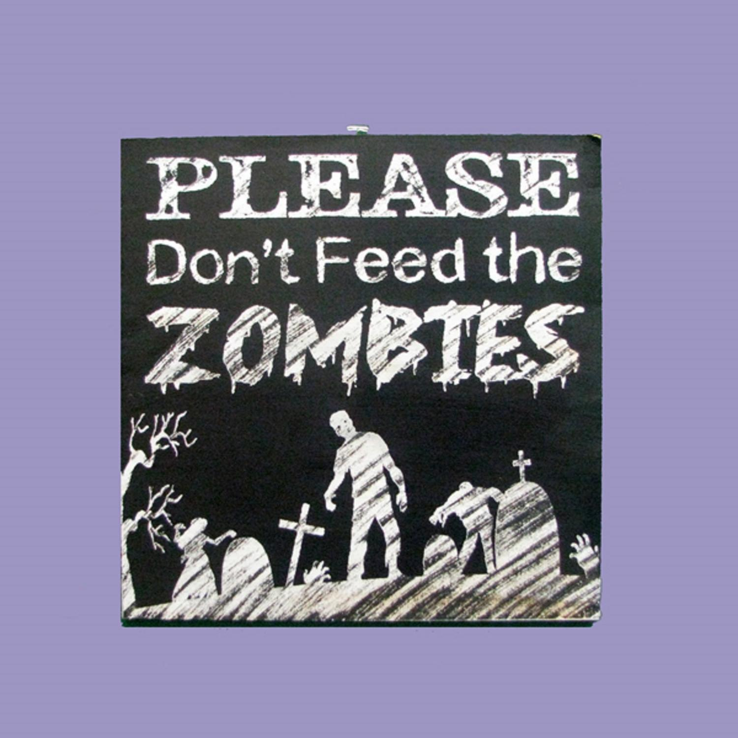 "Pack of 6 Wooden ""Please Don't Feed the Zombies"" Decorative Halloween Sign 10"""