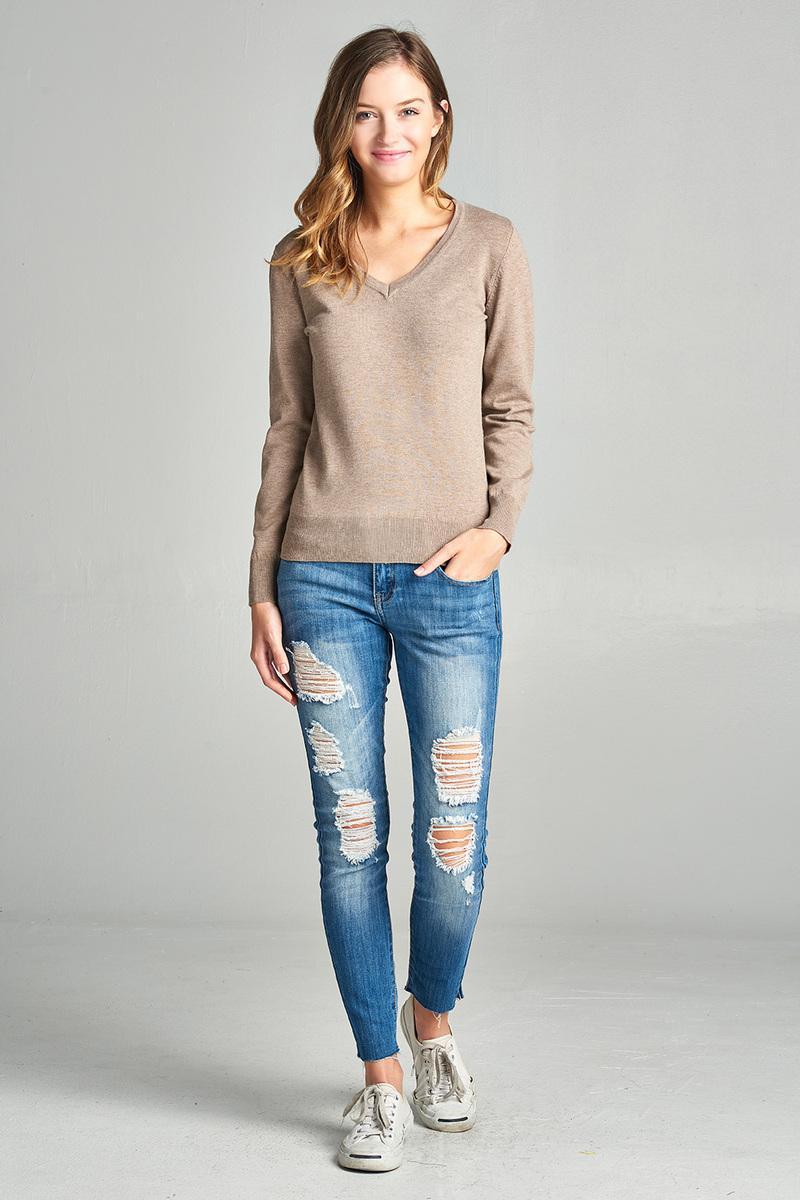 Women & Juniors Long Sleeve Classic V-Neck Pullover Light Sweater