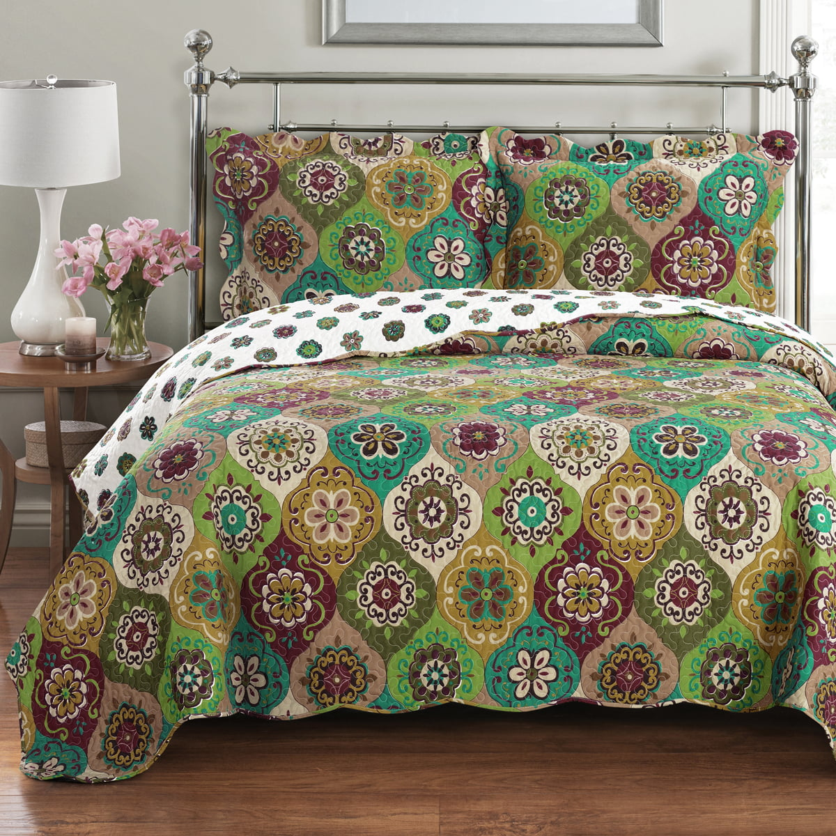 Bonnie Oversize Coverlet Floral Printed Reversible Wrinkle-Free & Easy Care Quilt Set by Royal Plaza Textiles, Inc.