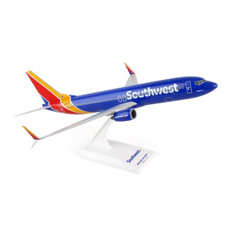 (Daron Sky Marks Southwest Airlines 737-800 1/130 Scale New Livery Heart Model Kit)