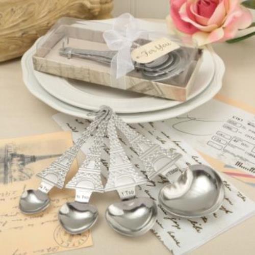 Factory Service Set Of Four Designer Heart Shaped Measuri...