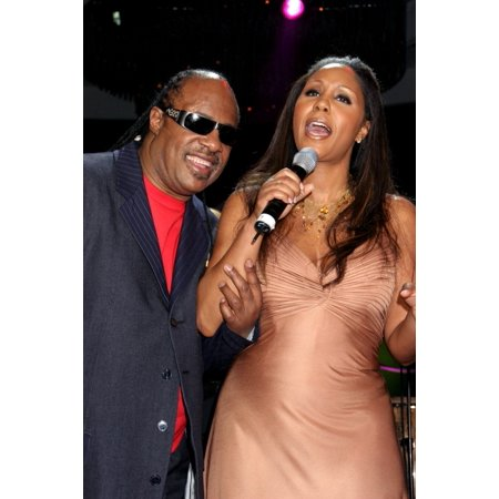 Stevie Wonder Aisha Morris At Arrivals For Angel Ball Benefit For G&P Foundation For Cancer Research New York Marriott Marquis Hotel New York Ny November 14 2005 Photo By Rob RichEverett Collection Ce - Wonder Balls