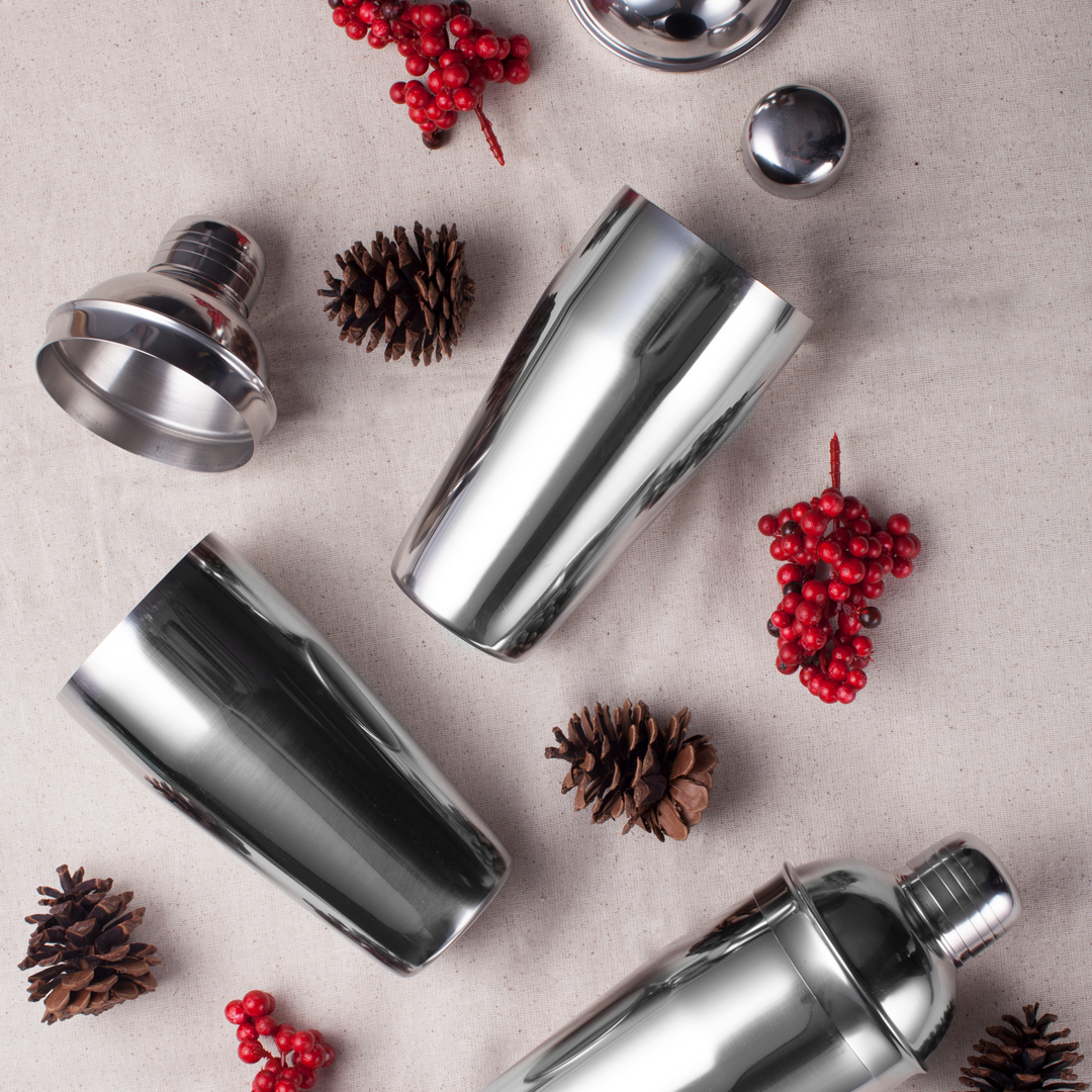 28 Oz. Classic Deluxe 3 Piece Stainless Steel Cocktail Shaker