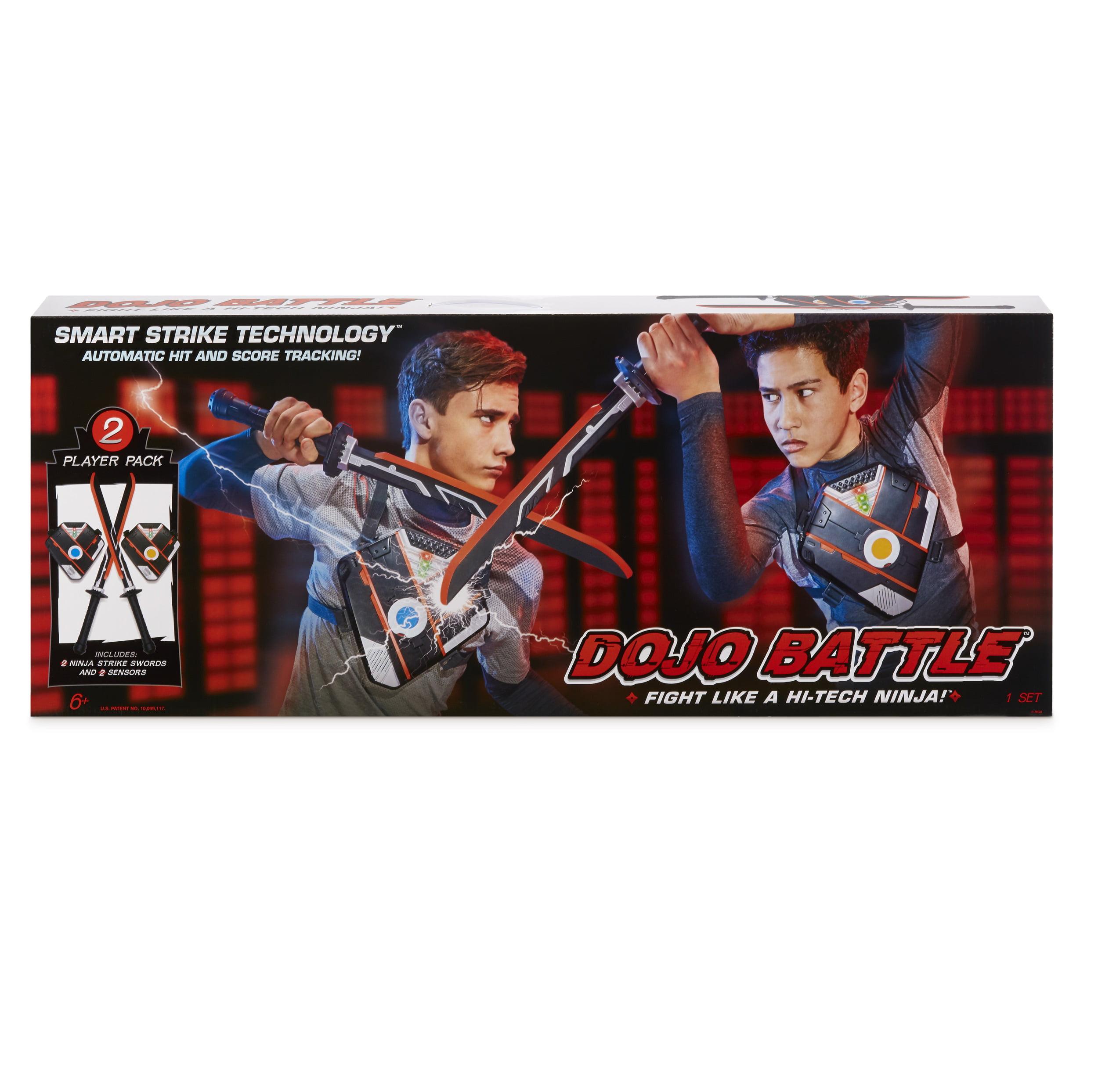 Smart Strike Technology Swords /& Chest Dojo Battle Electronic Battling Game