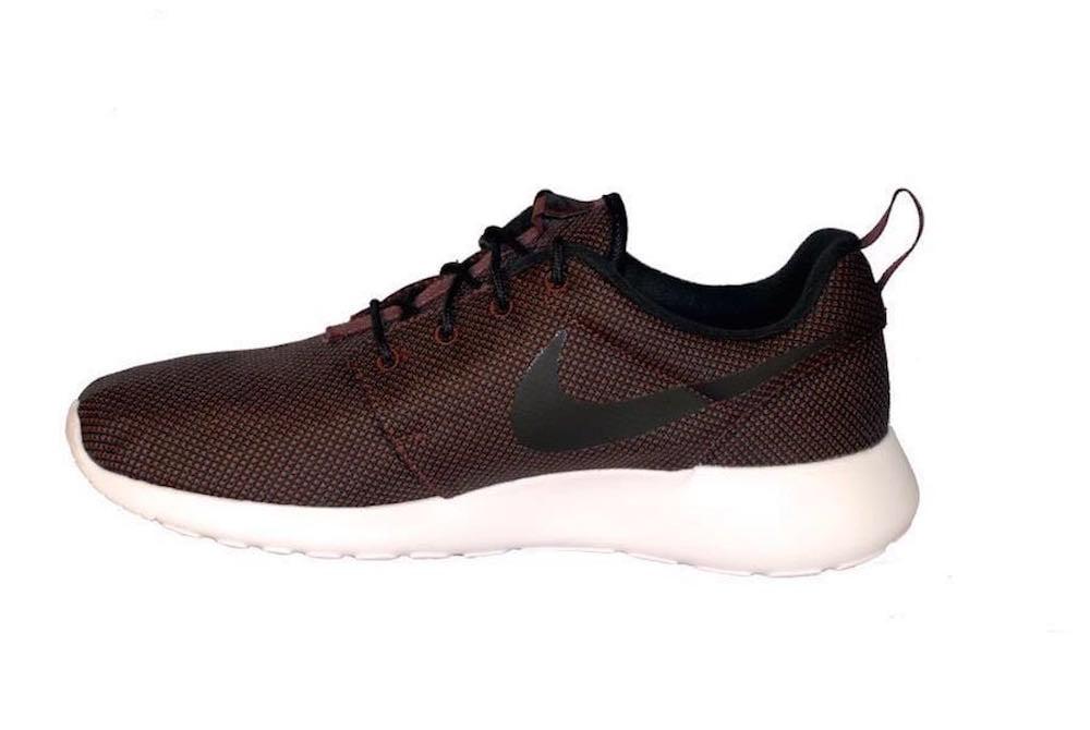 Nike Men's Roshe One Premium Running Shoes