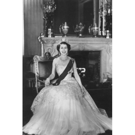 Queen Elizabeth Buckingham Palace - HM Queen Elizabeth II at Buckingham Palace, 12th March 1953 Print Wall Art By Sterling Henry Nahum Baron