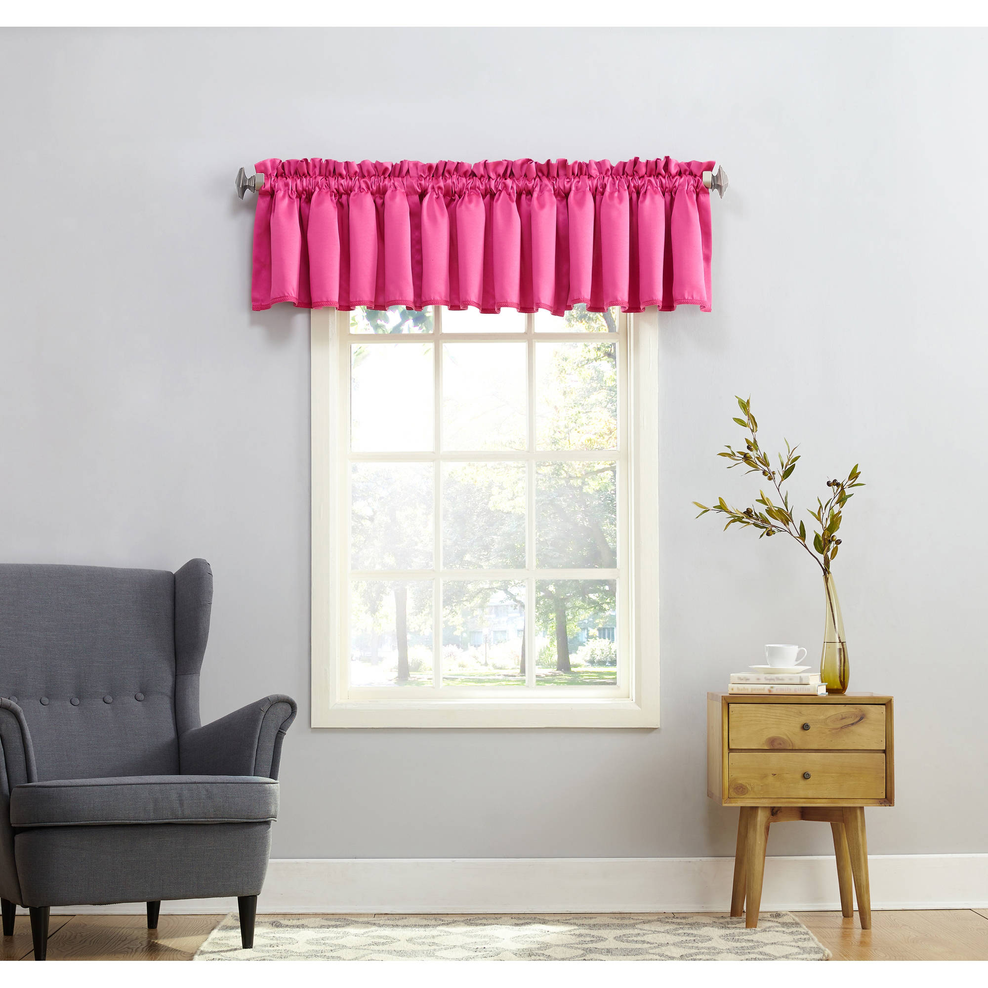 Sun Zero Kylee Room-Darkening Tailored Valance