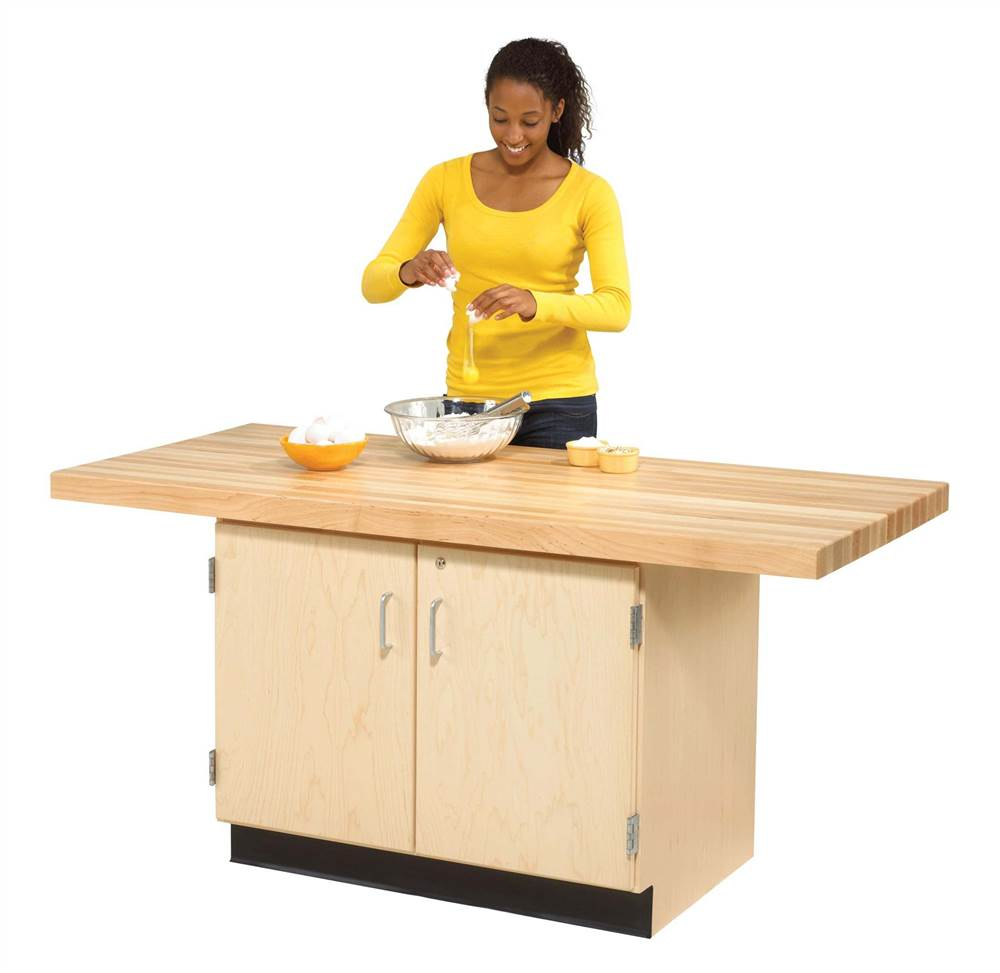 2-Station Workbench w Single Faced Unit (w\/o Vise)
