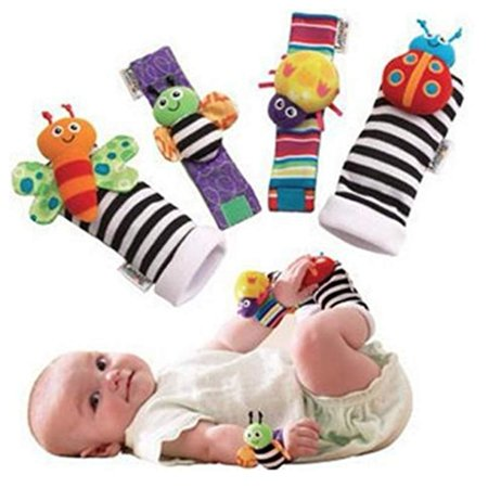 Cute Animal Soft Baby Socks Toys Wrist Rattles and Foot Finders for Fun Reindeer Set 4PCS (style 1) ()