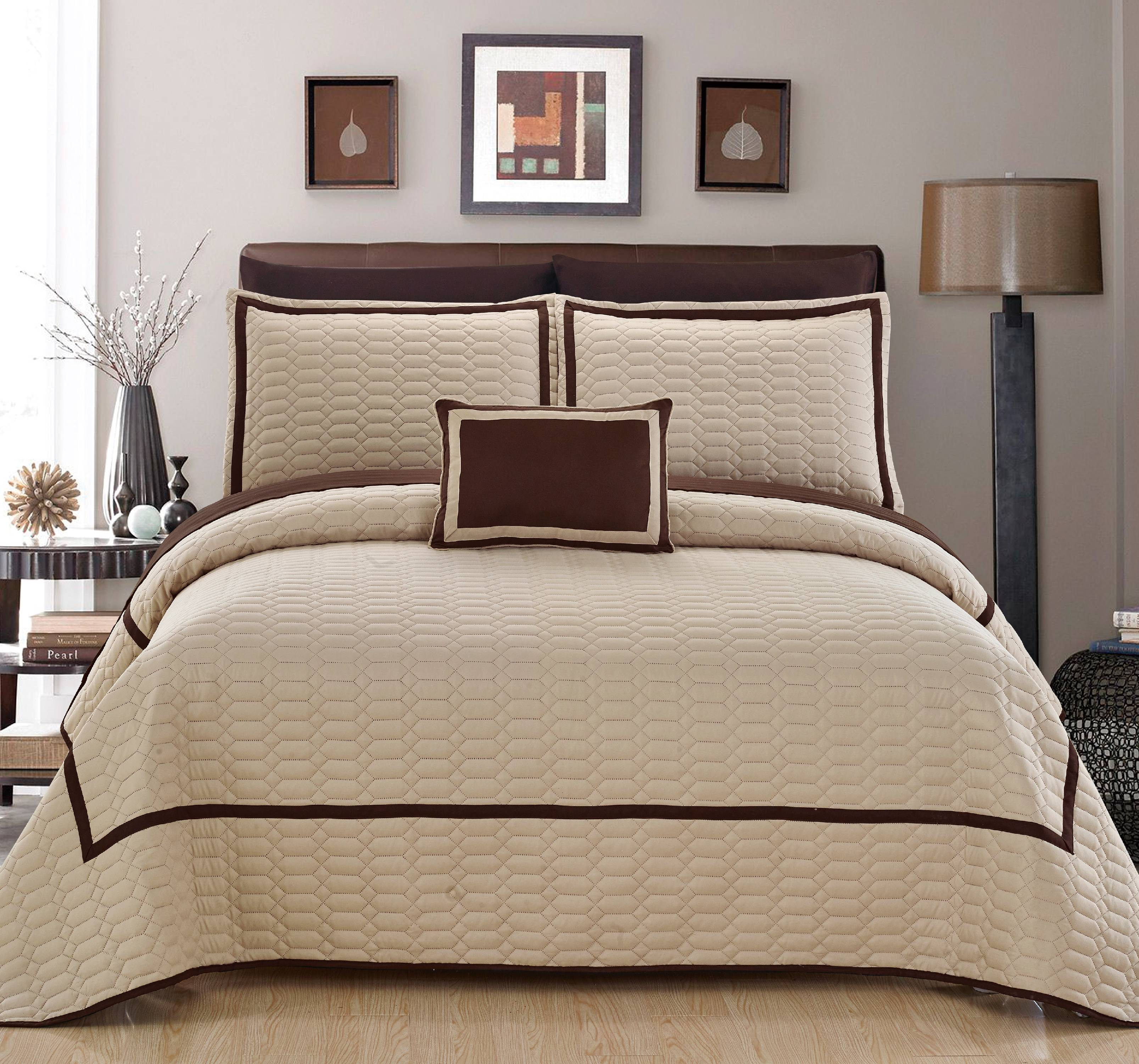 Chic Home Nero Hotel Collection Bed-in-a-Bag Quilt Set