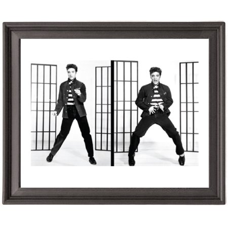 Shot Framed - Elvis Amazing Shots - Early Years - Picture Frame 8x10 inches - Poster - Print