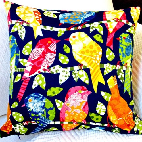Artisan Pillows Kids Animals Colorful Birds Indoor/Outdoor Throw Pillow (Set of 2)