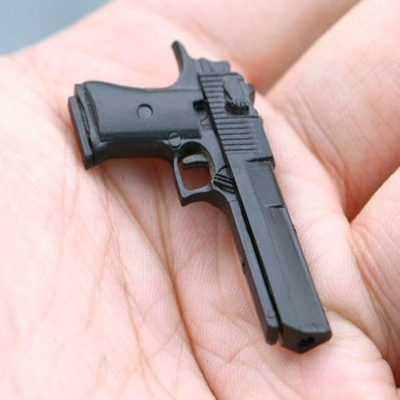 1/6 Desert Eagle Miniature Pistol Weapon Model Black Hand Gun F 12
