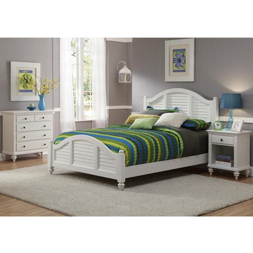 Home Styles Bermuda Queen Bed, Night Stand and Chest, Brushed White