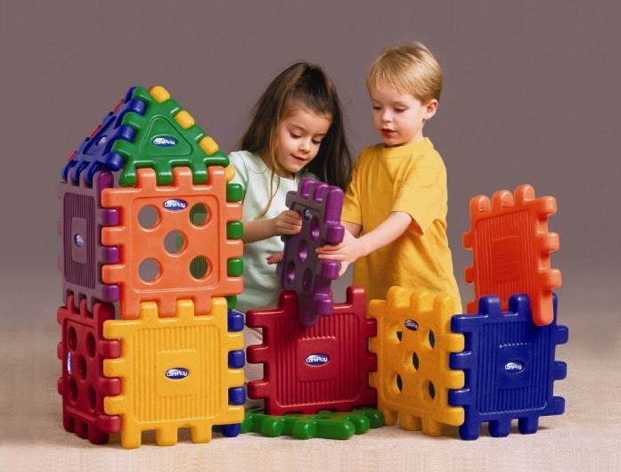 16 Pc Grid Block Set in Bright Molded Plastic Colors by Foundations Worldwide Inc.