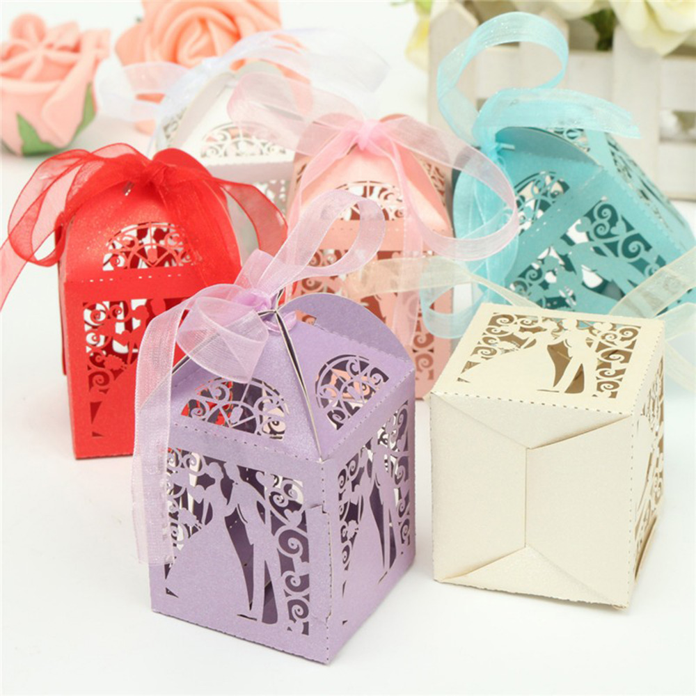 50pcs Couple Design Luxury Lase Cut Wedding Sweets Candy Gift Favour Boxes with Ribbon Table Decorations (White)