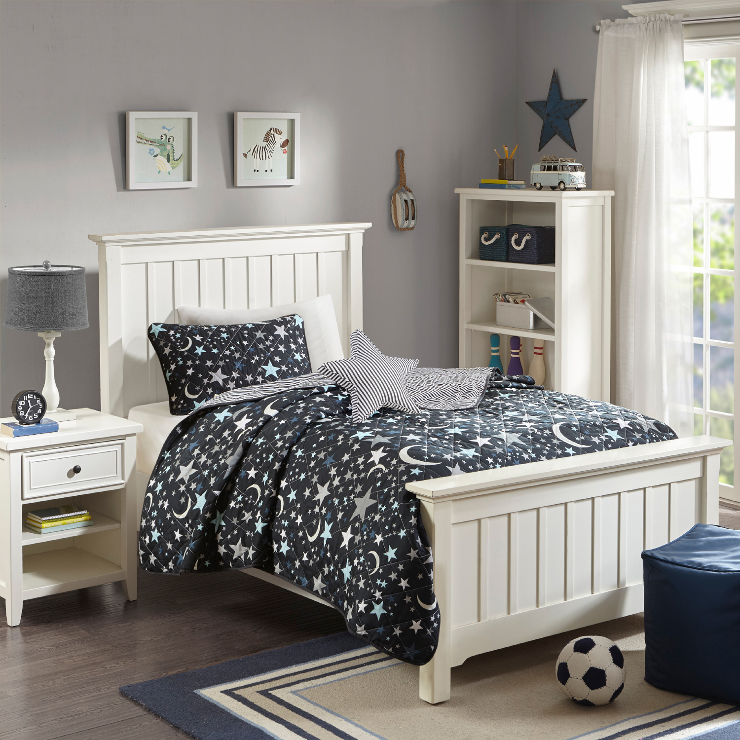 Home Essence Kids Midnight Dreams Reversible Coverlet Set