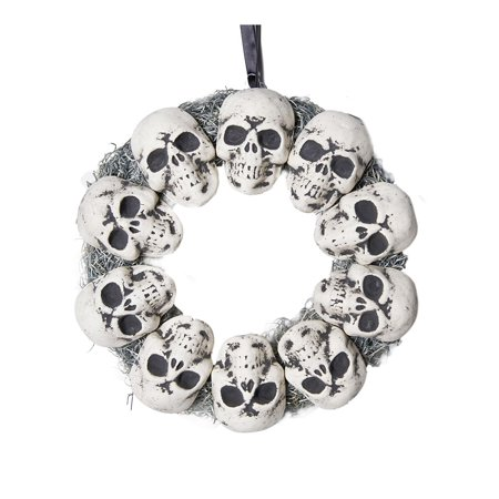 Circle Of Skulls Wreath Halloween - Trash Bag Halloween Wreath