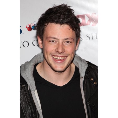 Cory Monteith At In-Store Appearance For Glee Cast Memebers Launch Marshalls And TJ Maxx Carol-Oke Contest Bryant Park New York Ny December 3 2009 Photo By Jay BradyEverett Collection Celebrity - Halloween Photo Contests 2017