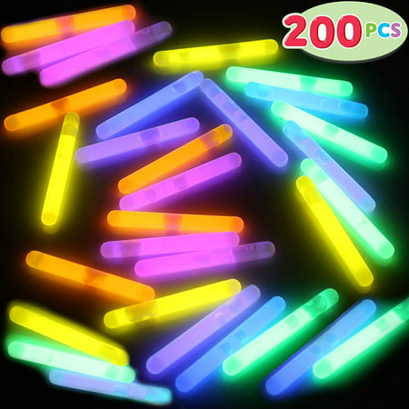 Halloween Party Stuff To Do (JoyX 200 Pcs Mini Glow Sticks Bulk with 8 Colors for Glow Easter Egg, Kids Glow-in-The-Dark, Easter Basket Stuffers Gift, Easter Party Favors, Christmas Halloween Party Supplies, Football Party)