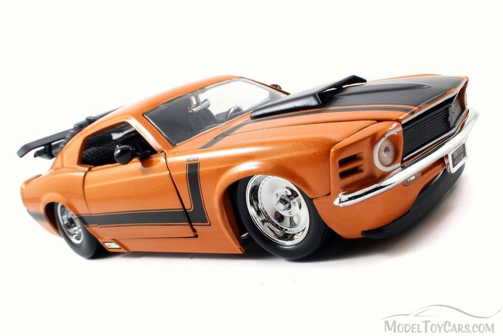 """1970 Ford Mustang Boss 429 Collectible 8.25/"""" Diecast 1:24 Jada Toys Orange"""