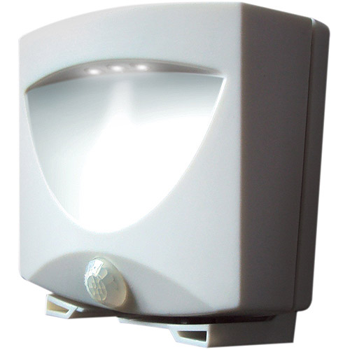 Maxsa Innovations 40341 Motion-Activated Outdoor Night-Light, White