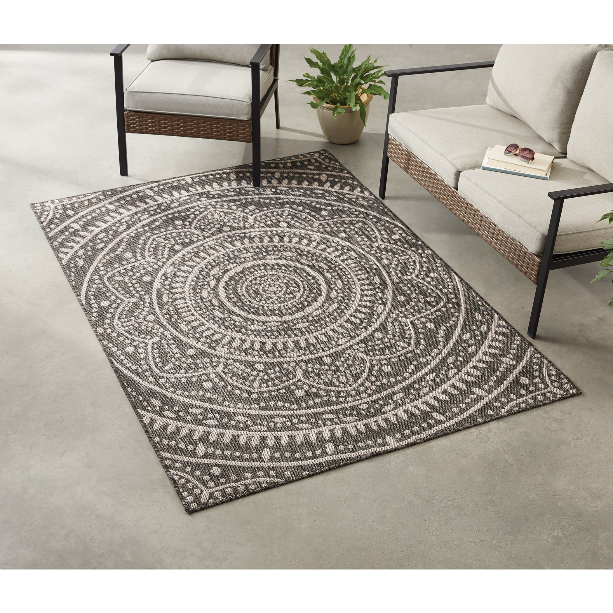 Leia Medallion Indoor Outdoor Area Rug 6 X 9 By
