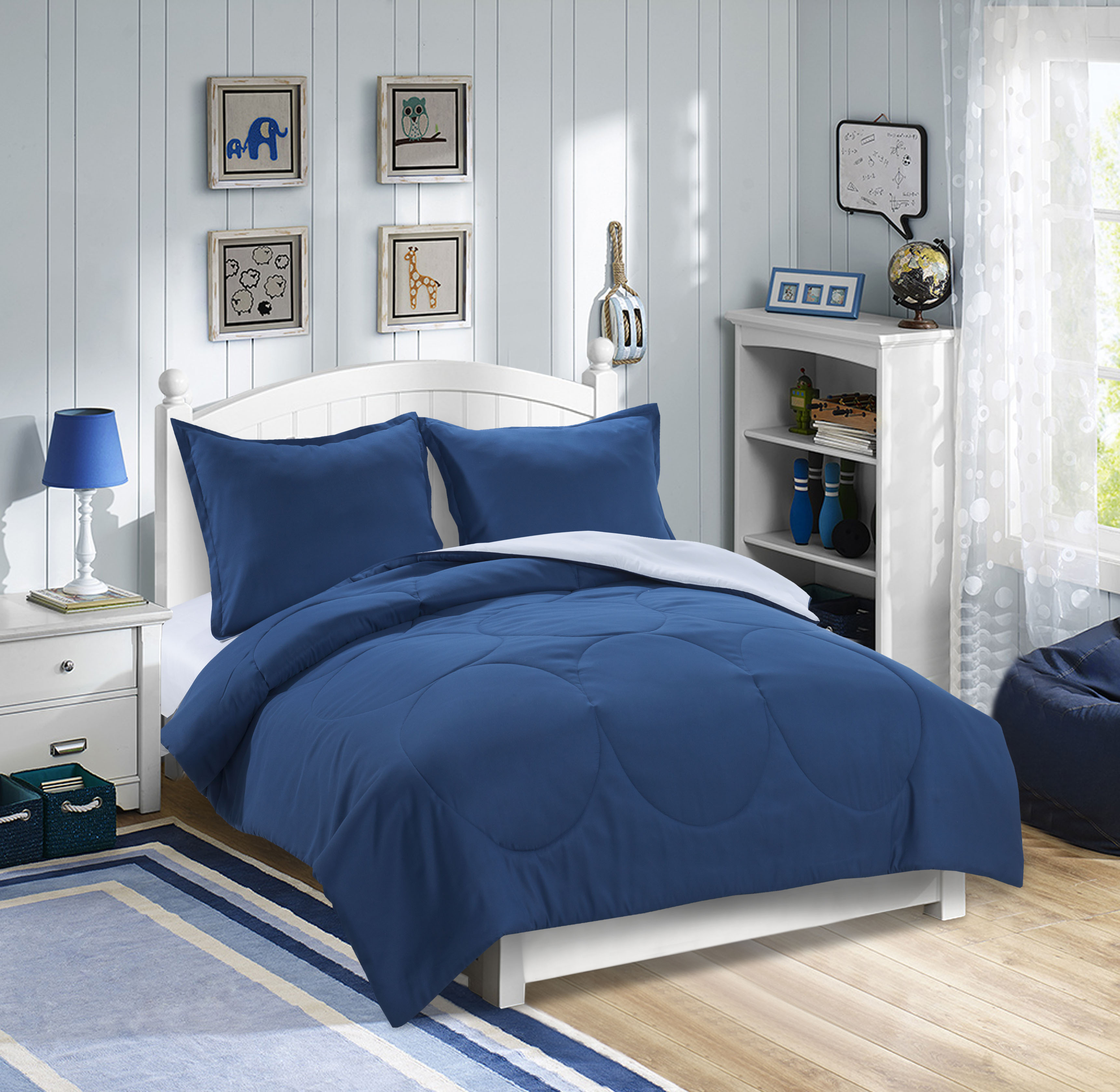 Mainstays Kids Solid Reversible Bedding Set