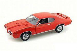 Orange 1969 Pontiac Gto Judge 1:18 Scale Die Cast Car by Motor Max