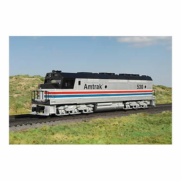 Amtrak O Scale Model Train Set With Engine With Three 60ft Coaches Williams