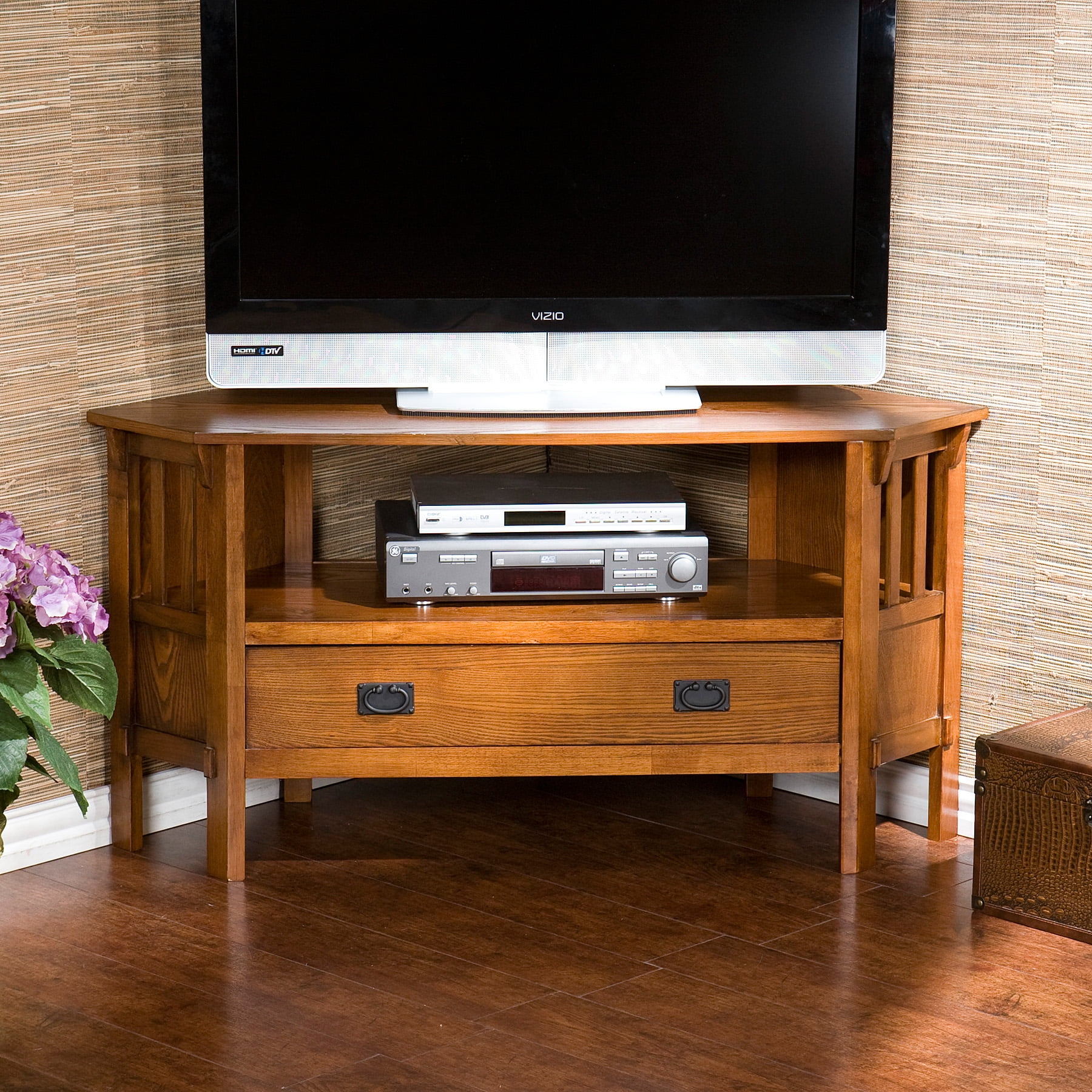 online store 7f9b0 75973 Gainesville Oak Corner Media Stand, for TVs up to 47