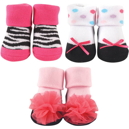 Luvable Friends Newborn Baby Girl Deocrated Socks 3-Piece Giftset