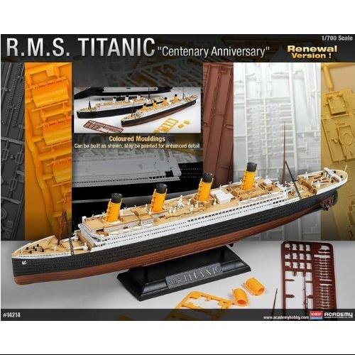 Image of 1/700 RMS Titanic Multi-Colored