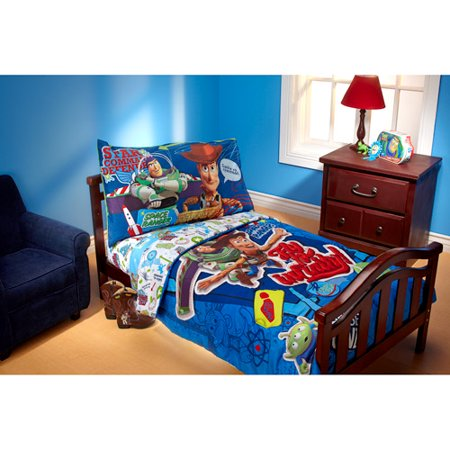 Disney Toy Story Fly To Infinity 4 Piece Toddler Bedding