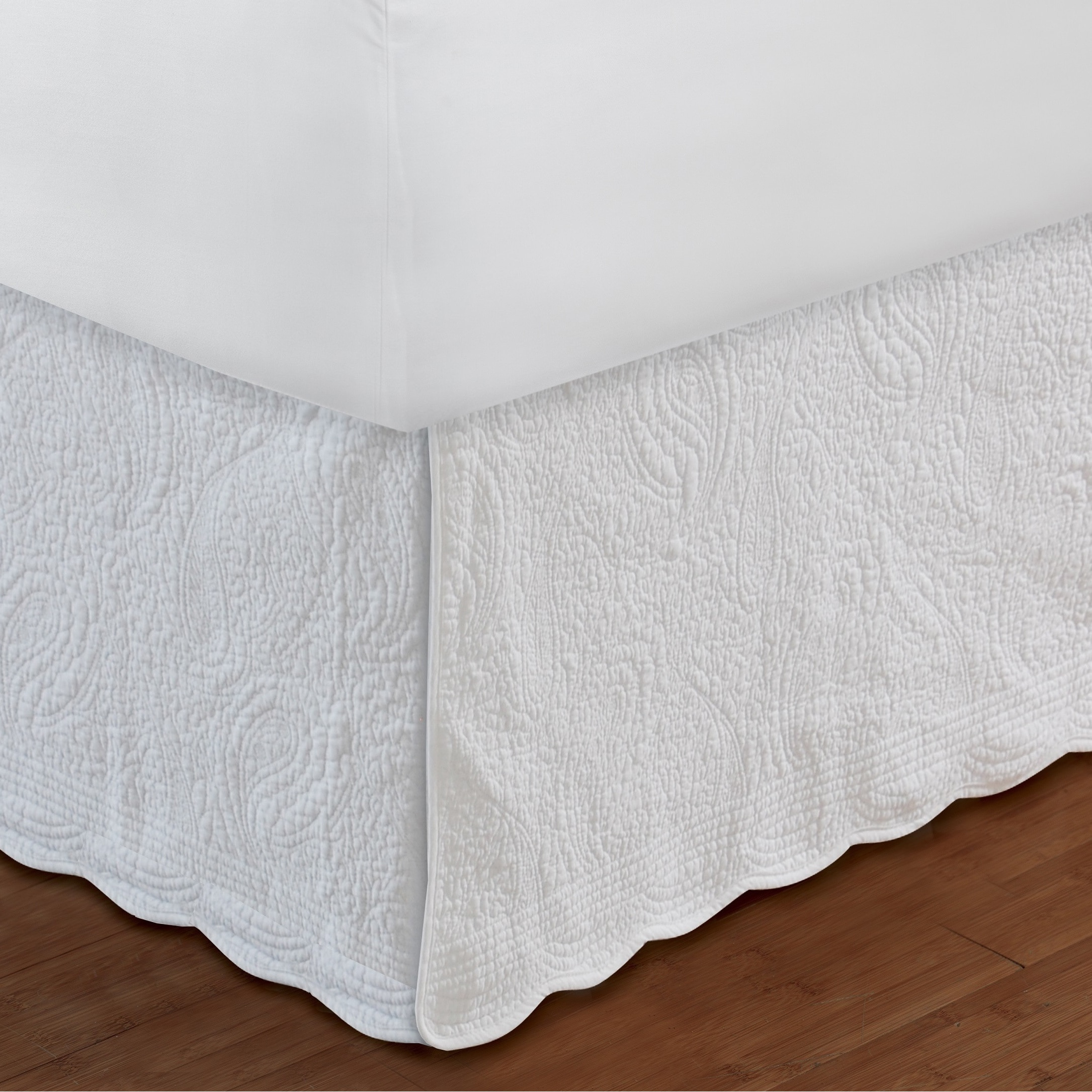 Greenland Home Fashions Paisley Quilted White Bedskirt - Walmart.com : quilted bedskirt - Adamdwight.com