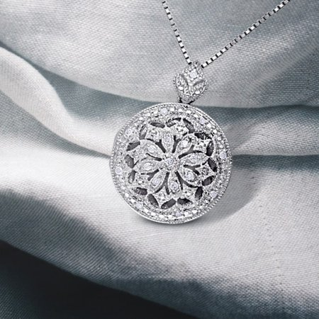 Sterling Silver Vintage 1/10ct TDW Diamond Locket Floral Drop Necklace (Vintage Silver Lockets)