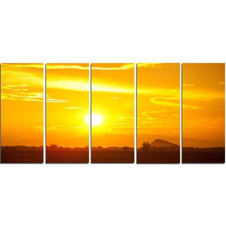 Design Art 'Bright Yellow Sky at Sri Lanka Sunset' 5 Piece Photographic Print on Wrapped Canvas (Sri Lanka Yellow Sapphire)