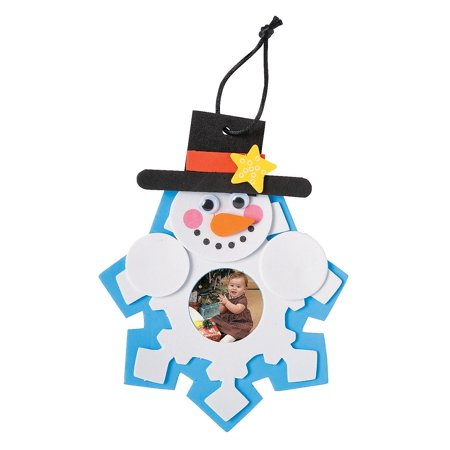 Fun Express - Snowman Picture Ornament Craft Kit for Christmas - Craft Kits - Ornament Craft Kits - Photo Ornament - Christmas - 12 Pieces This fun Christmas craft kit will make a perfect addition to craft supplies and cute present for kids. Size: 6 1/2  Features a 1 1/2  photo space.