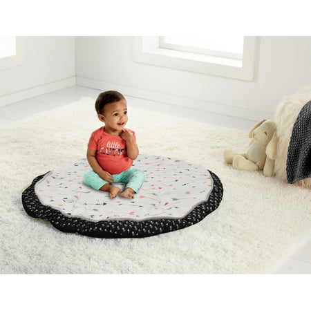 Parent's Choice Tummy Time Nap Mat, Black and Red Arrow