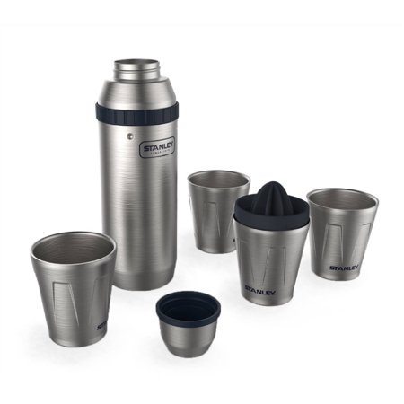 Stanley 30Oz Happy Hour Shaker And Four 7 Oz Cups