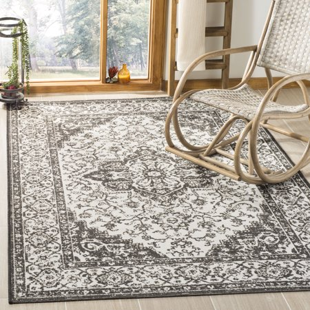 Safavieh Linden Andreas Traditional Area Rug