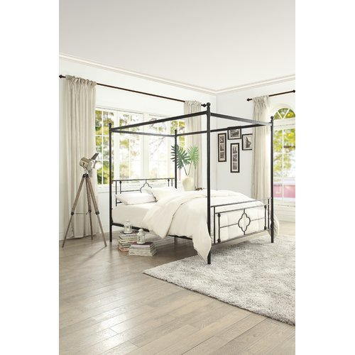 Gracie Oaks Woodson Canopy Bed by