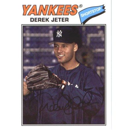 Derek Jeter Autograph Baseball - 2018 Topps Archives #200 Derek Jeter New York Yankees Baseball Card