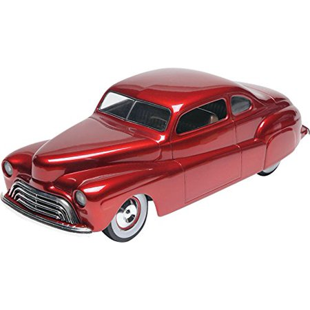 1:25 '48 Ford Custom Coupe 3-in-1, Features four grilles with separate surrounds, two bumpers, two hubcaps, three taillights, two hoods, fade-away side panels,.., By Revell