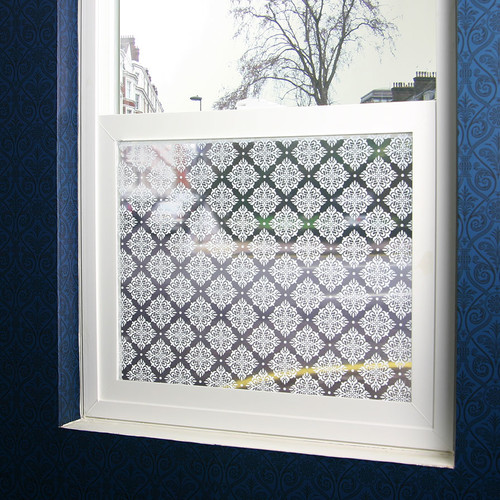 Stick Pretty Damask Sheer Window Film
