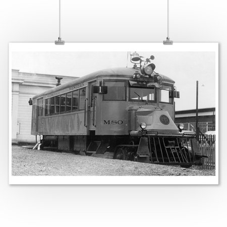 Fort Bragg, California - View of an Old Californian Western Train Engine (9x12 Art Print, Wall Decor Travel Poster) - Old Western Decor