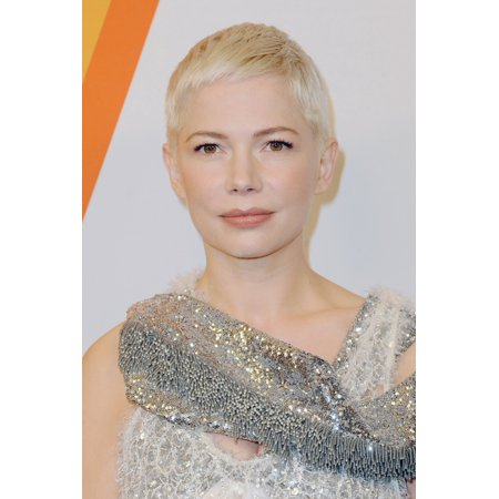 Michelle Williams At Arrivals For Volez Vogez Voyagez  Louis Vuitton Exhibition Launch 86 Trinity Place New York Ny October 26 2017 Photo By Kristin CallahanEverett Collection Celebrity](Halloween Party October 26 2017)