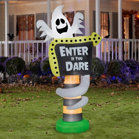 The Holiday Aisle Ghost Trick-or-Treat Sign