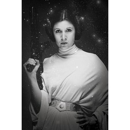 Star Wars  Episode Iv   A New Hope   Movie Poster   Print  Princess Leia   Gun   Size  24   X 36
